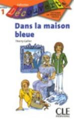 Dans la maison bleue